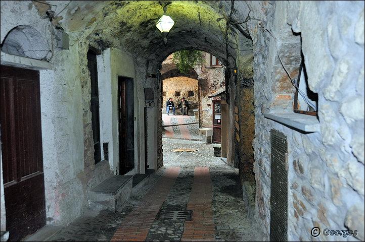 Dolceacqua ITALIE Dolce_acqua17janv10_12
