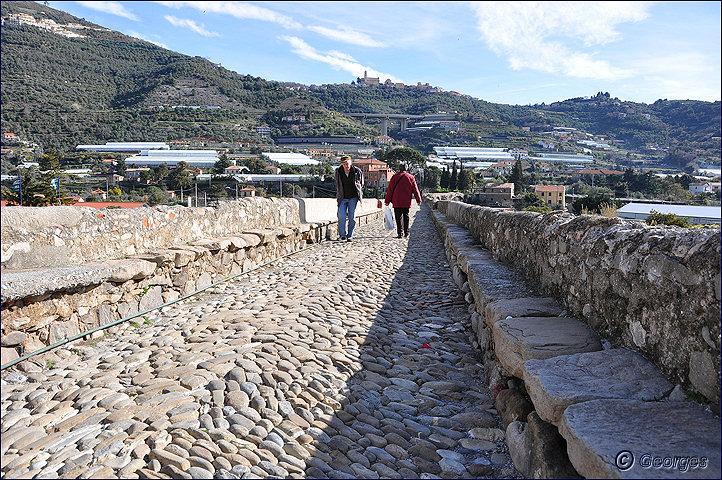 Taggia et son célèbre pont romain Pont-romain-taggia21fev10_04