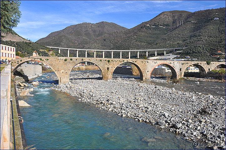 Taggia et son célèbre pont romain Pont-romain-taggia21fev10_06